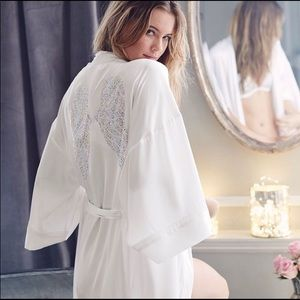 🖤Victoria Secret Fashion Show Angel Wings Robe🖤